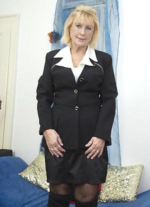 Blonde Porn Pictures